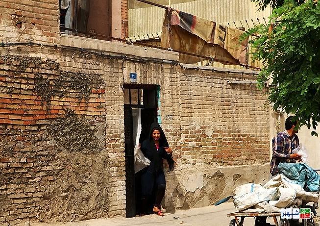 روستای مدرن شده با خانه های بدون سند