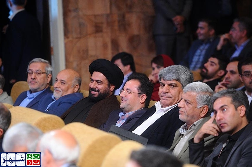 جای خالی روز «طهران» در بیلبوردهای شهر/ وقتی شأن تهران در روز«طهران» نادیده گرفته می شود؟ / تهران در سناریوی فرهنگ اقوام افشانی جایگاهی ندارد